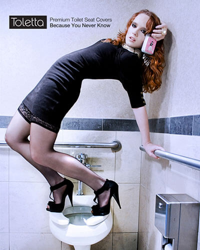 toilet_fashion_model_bathroom_advertising